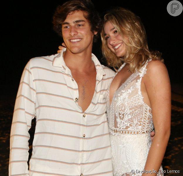 Sasha Meneghel mostrou o namorado, Bruno Montaleone, em sua festa de aniversário no Rio de Janeiro neste sábado, dia 16 de junho de 2018