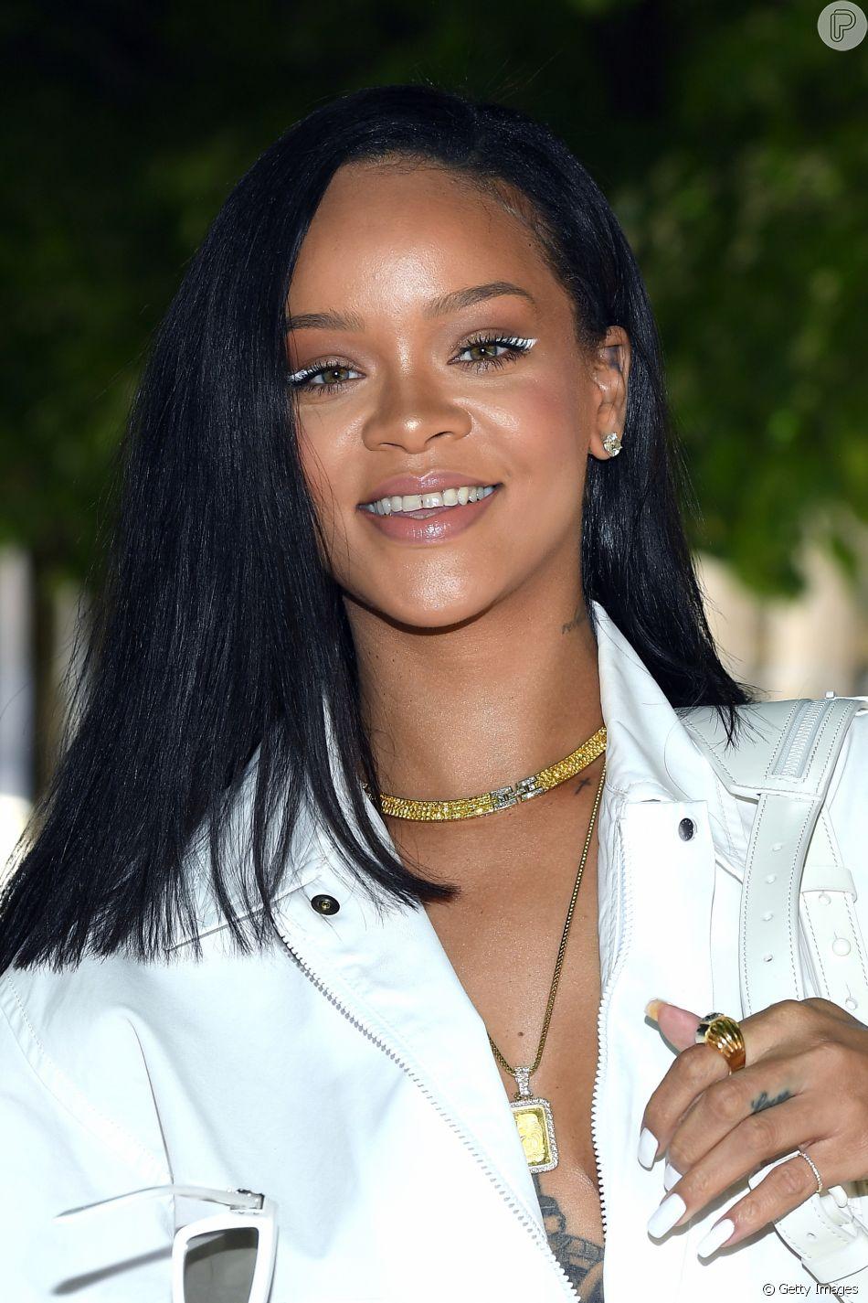A Fenty Beauty, marca de maquiagem de Rihanna, anuncia lançamento de sua nova coleção de produtos para os olhos