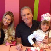 Longe de Ticiane Pinheiro, Rafaella Justus celebra aniversário com o pai: 'Love'