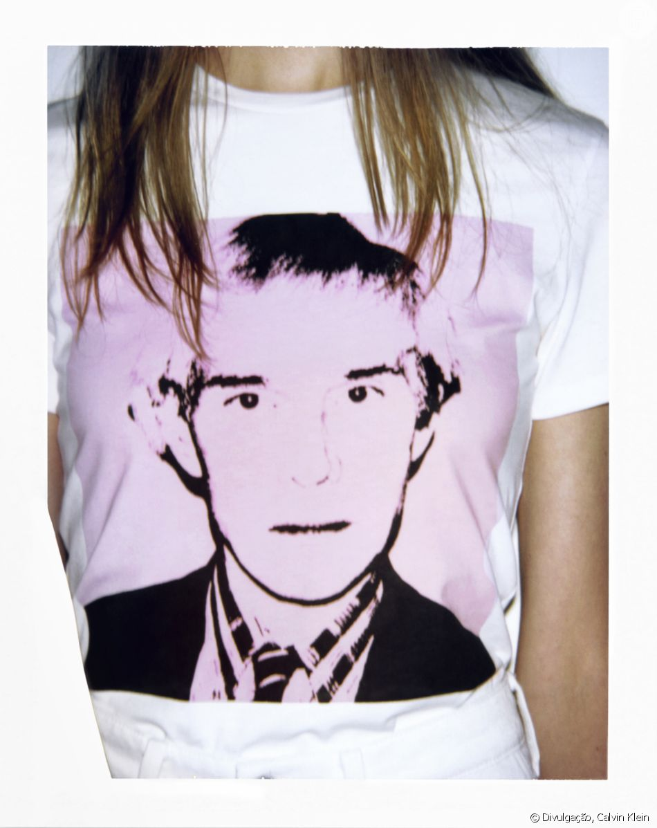 Calvin Klein Jeans lança coleção com estampas de obras de Andy Warhol. Camiseta feminina,  R$179,00