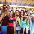 Sasha posa para foto na Copa do Mundo ao lado da mãe, Xuxa, e das tops Gisele Bündchen e Alessandra Ambrosio