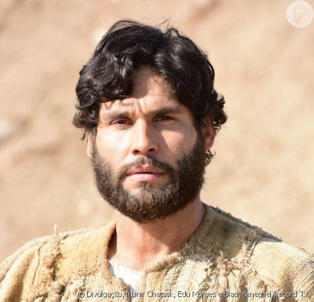 Jesus (Dudu Azevedo) é o Messias, na novela 'Jesus'