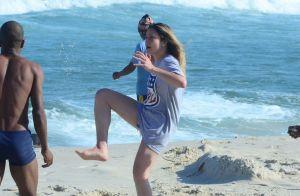 Fernanda Gentil curte praia com a namorada e o filho Gabriel. Veja fotos!