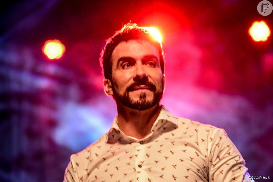 O Padre Fábio de Melo vai estar com a gente, vai ser um show lindo,  emocionante , afirmou Simaria em vídeo 3cbe4218ad