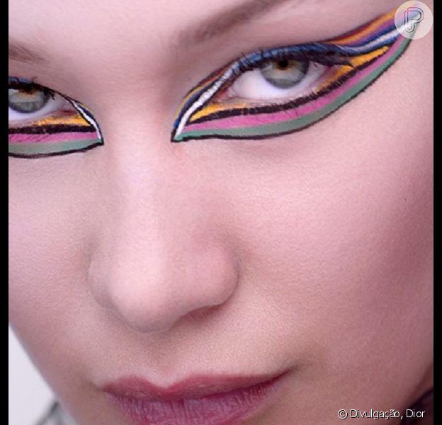 Maquiagem colorida em alta: imagem da campanha Diorshow On Stage Line, com Bella Hadid