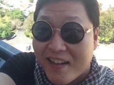 Psy, o rapper sul-coreano de 'Gangnam Style', chega a Salvador para Carnaval