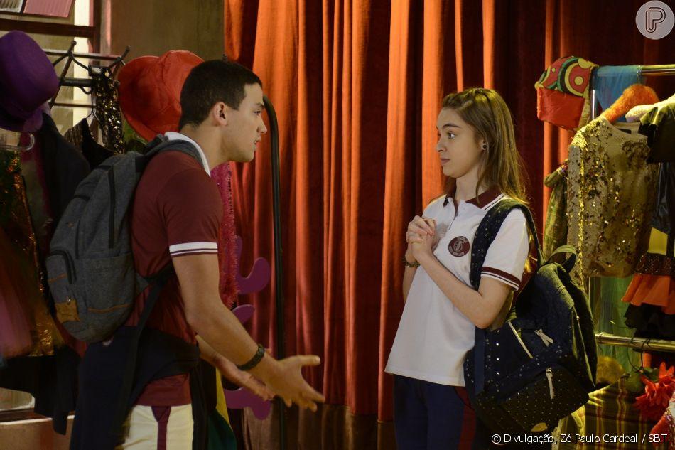Com ciúme após ver Guilherme (Lawrran Couto) beijar Mirela (Larissa Manoela) em filme, Raquel (Isabella Moreira) discute com o rapaz, no capítulo que vai ao ar sexta-feira, dia 17 de agosto de 2018, na novela 'As Aventuras de Poliana'