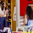 Claudia (Letícia Cannavale) questiona Yasmin (Bia Lanutti) sobre os 5 mil reais que ela gastou com a diária de uma mansão e a coloca de castigo, no capítulo que vai ao ar quinta-feira, dia 16 de agosto de 2018, na novela 'As Aventuras de Poliana'