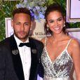 Após viagem à Grécia, Bruna Marquezine reencontrou Neymar em Paris
