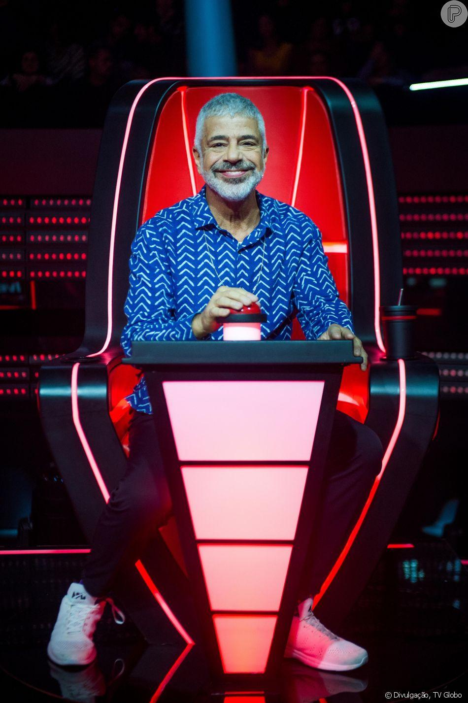 Lulu Santos ganha homenagem no 'The Voice Brasil' e fala de namoro com Clebson Teixeira: ' Uma vida só se completa, de fato, com outra'