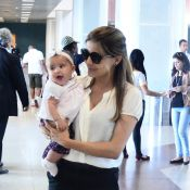 Nivea Stelmann é clicada com a filha, Bruna, que dá show de simpatia