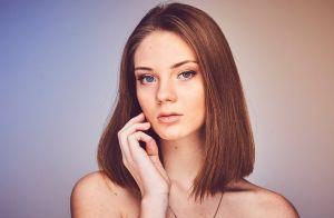 Especialista revela hábitos que podem prejudicar pele seca: 'Banho muito quente'
