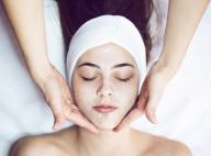 Beauty artist Carla Biriba cita vantagens da massagem facial: 'Tonifica a pele'