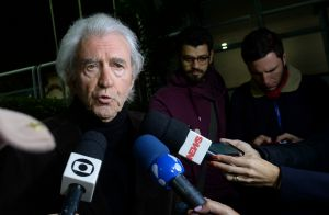 Em velório, filho de Beatriz Segall conta que atriz morreu dormindo: 'Tranquila'