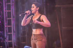 Maraisa deixa barriga à mostra em show e ganha elogios: 'Corpo modelado'. Fotos!