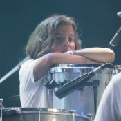Filho de Ivete Sangalo, Marcelo toca percussão e pai, Daniel Cady, elogia. Vídeo
