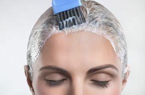 Água micelar no cabelo ajuda no combate à oleosidade: 'Retira as impurezas'