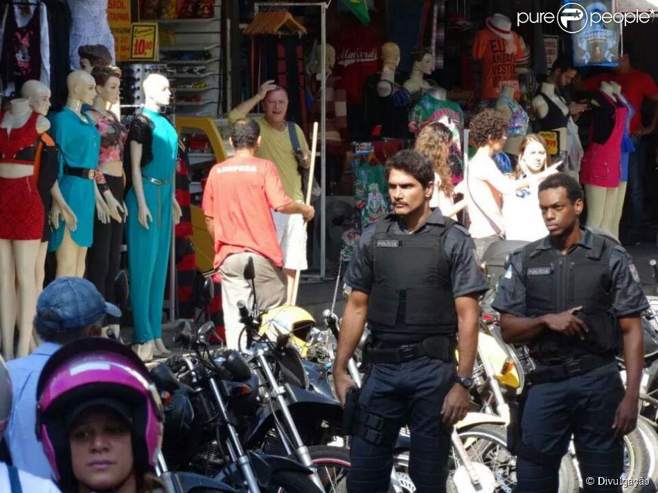 Vinícius Romão interpreta um policial truculento no longa-metragem 'Me + You', previsto para ser lançado em 2015. As cenas foram gravadas na segunda-feira, 11 de agosto de 2014