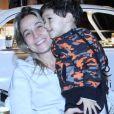 Fernanda Gentil e o filho caçula, Gabriel, na inauguração do restaurante Sal Gastronomia