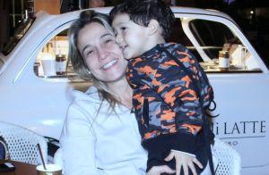 Juliana Alves leva filha, Yolanda, em inauguração de restaurante no Rio. Fotos!