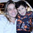 Gabriel, filho de Fernanda Gentil, roubou a cena e esbanjou fofura ao posar para fotógrafos