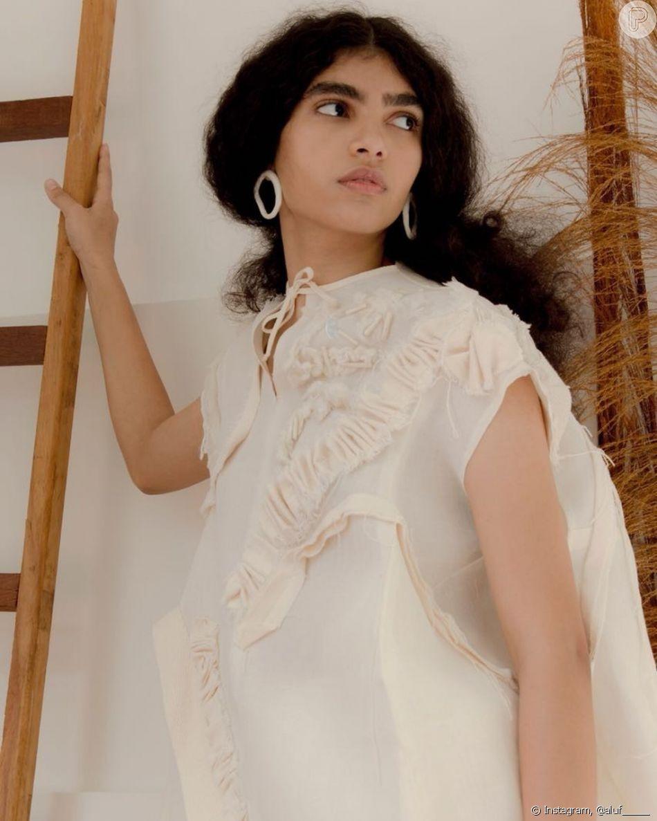 07b9e53560a0a A Aluf é uma marca criada pela designer de moda Ana Luisa Fernandes, com o  foco na sustentabilidade. A marca desfile no SPFW no dia 23 de outubro de  2018