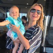 Eliana é clicada pelo noivo com a filha, Manuela, em barco: 'Foto pelo papai'
