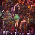 Nicki Minaj faz a performance da canção 'Anaconda' no VMA 2014