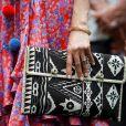 Meghan Markle usou bolsa feita por mulheres locais