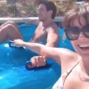 Paula Fernandes mostra diversão com o namorado em piscina: 'Guerra nas boias'