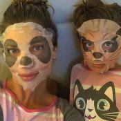 Grazi Massafera mostra ritual de beleza com a filha, Sofia: 'Panda e gatinha'
