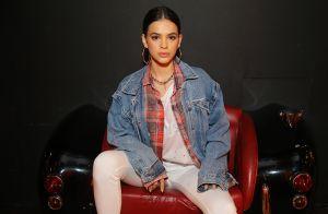 Bruna Marquezine deixa barriga à mostra ao posar com look sporty em Los Angeles