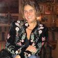 Giovanna Antonelli dispensou maquiagem em uma viagem à Portugal