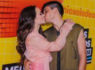 Larissa Manoela conquista prêmios e beija Leonardo Cidade em evento teen. Fotos!