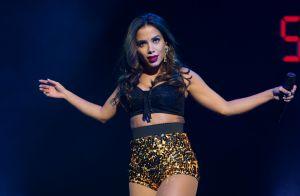 Anitta não consegue conciliar carreira e cuidado com o corpo: 'Celulite na cara'