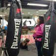 Kyra Gracie trabalhou como comentarista de lutas no canal Sportv/Combate até o final da gravidez