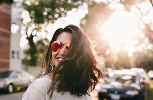 Cabelos bonitos no verão! 7 dicas para cuidar dos fios no calor