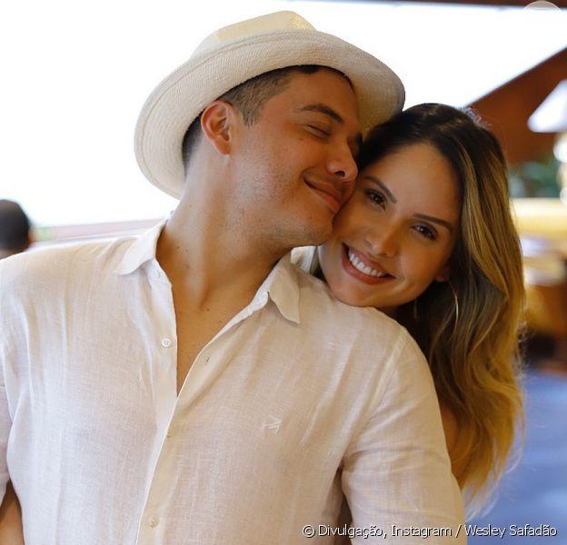 Mulher de Wesley Safadão, Thyane Dantas opina em looks do cantor