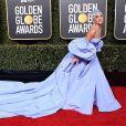 Lady Gaga usa vestido poderoso Valentino na premiação 'Globo de Ouro' em 06 de janeiro de 2019