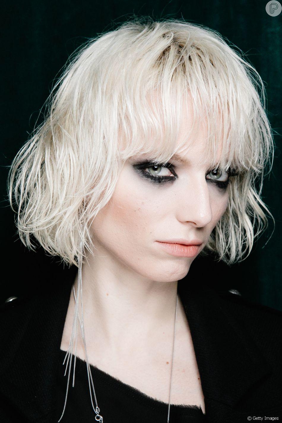 Milão Fashion Week: tendências de beleza com olhos marcados + cabelo curtinho