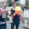 Na última terça-feira, dia 16 de setembro de 2014, Cauã Reymond dormiu na casa de Grazi Massafera. Na manhã de quarta, ela se surpreendeu com os paparazzi em sua porta