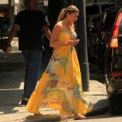 Grazi Massafera elege look tropical para passeio com namorado. Veja fotos!