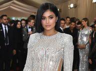 Microbag Chanel, logo LV inspired... Kylie Jenner quebra web com festa da filha