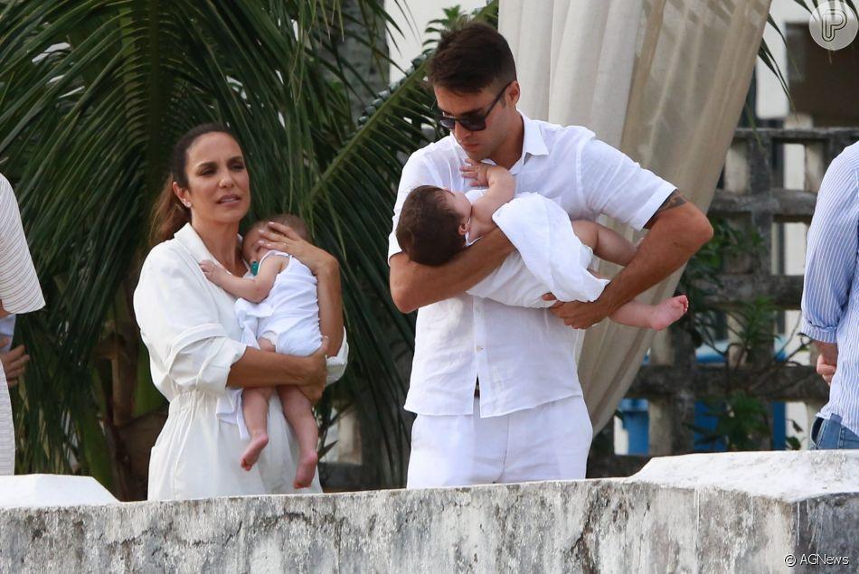 Ivete Sangalo comemora 1° ano das filhas gêmeas, Marina e Helena, com festa havaiana