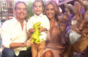 Luisa Mell e marido se beijam em festa do filho após separação de 3 meses