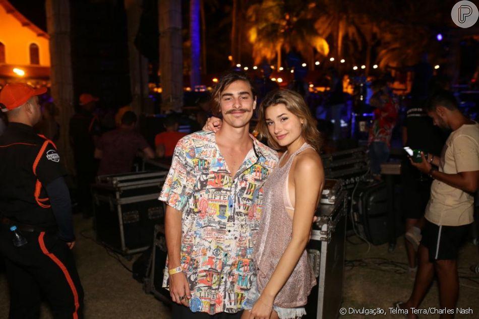 Bruno Montaleone conta que gosta de mimar a namorada, Sasha Meneghel