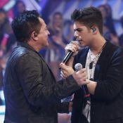 'Domingão do Faustão': Leonardo canta ao lado do filho José Felipe