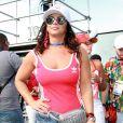 Viviane Araújo homenageou a escola de samba em seu look