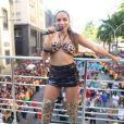 Anitta reuniu multidão em bloco de Carnaval no Rio neste sábado, 9 de março de 2019