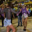 Bruna Marquezine e Sabrina Sato mostraram samba no pé na Marquês de Sapucaí neste sábado, 9 de março de 2019